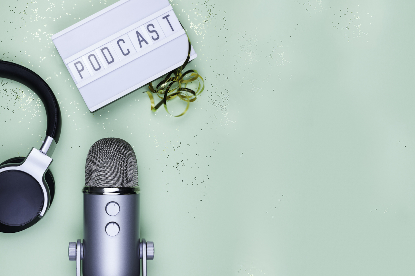 5 of the Best Podcasts About Business and Entrepreneurship