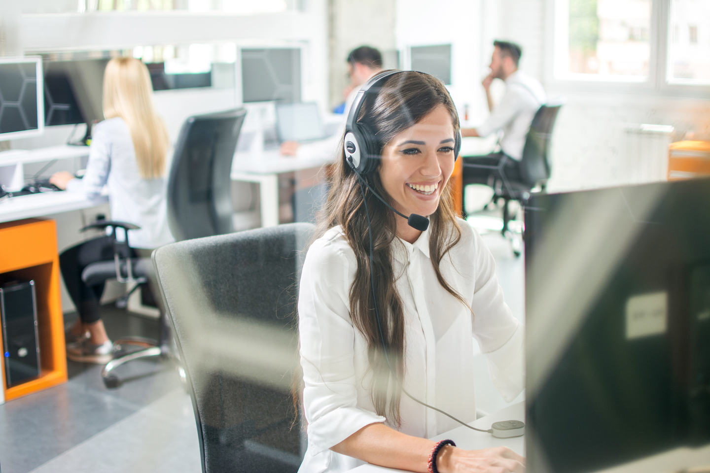 Exploring the Benefits of 24/7 Phone Answering