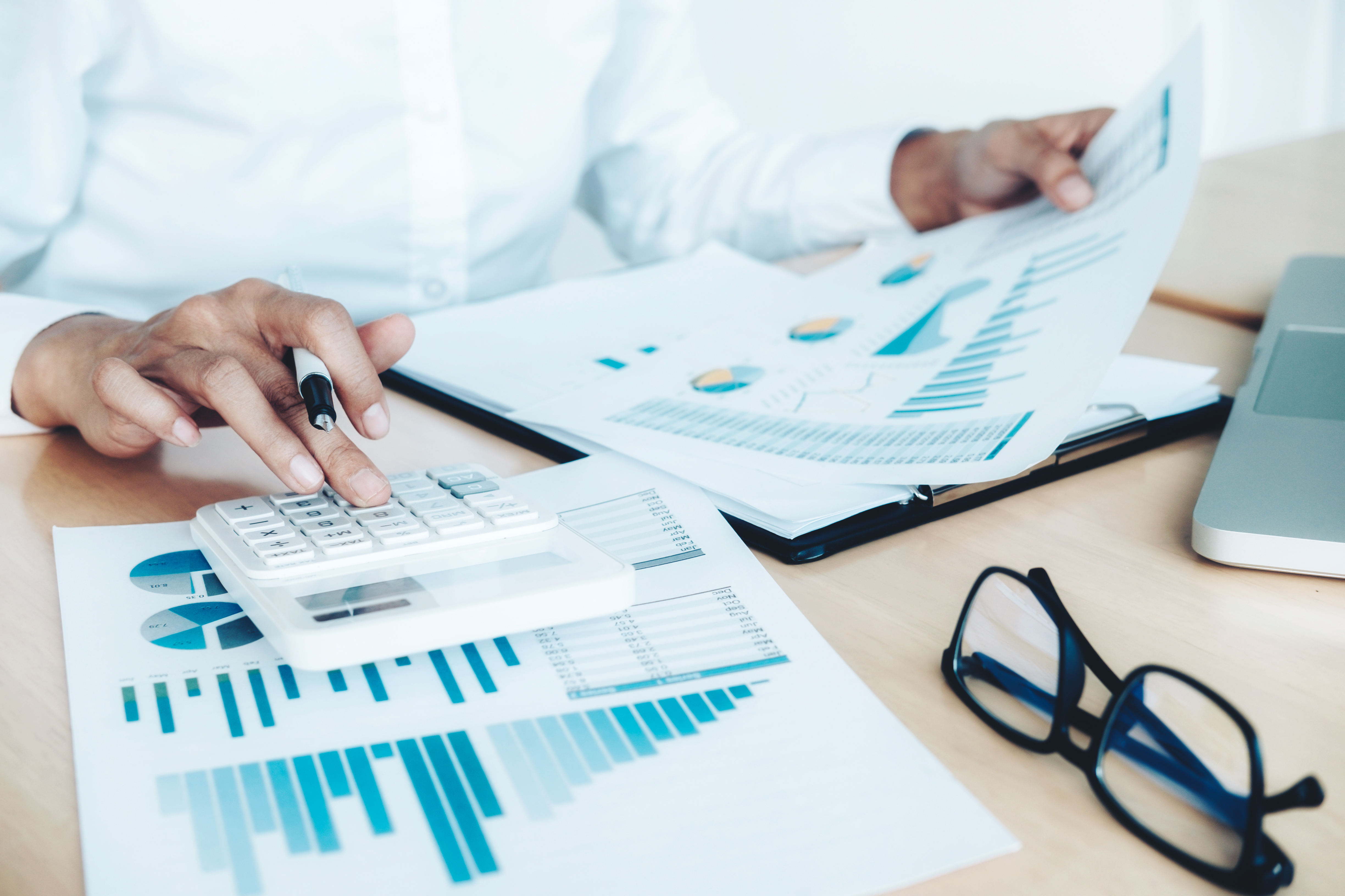6 Tips For Reducing Overhead Costs in Your Small Business