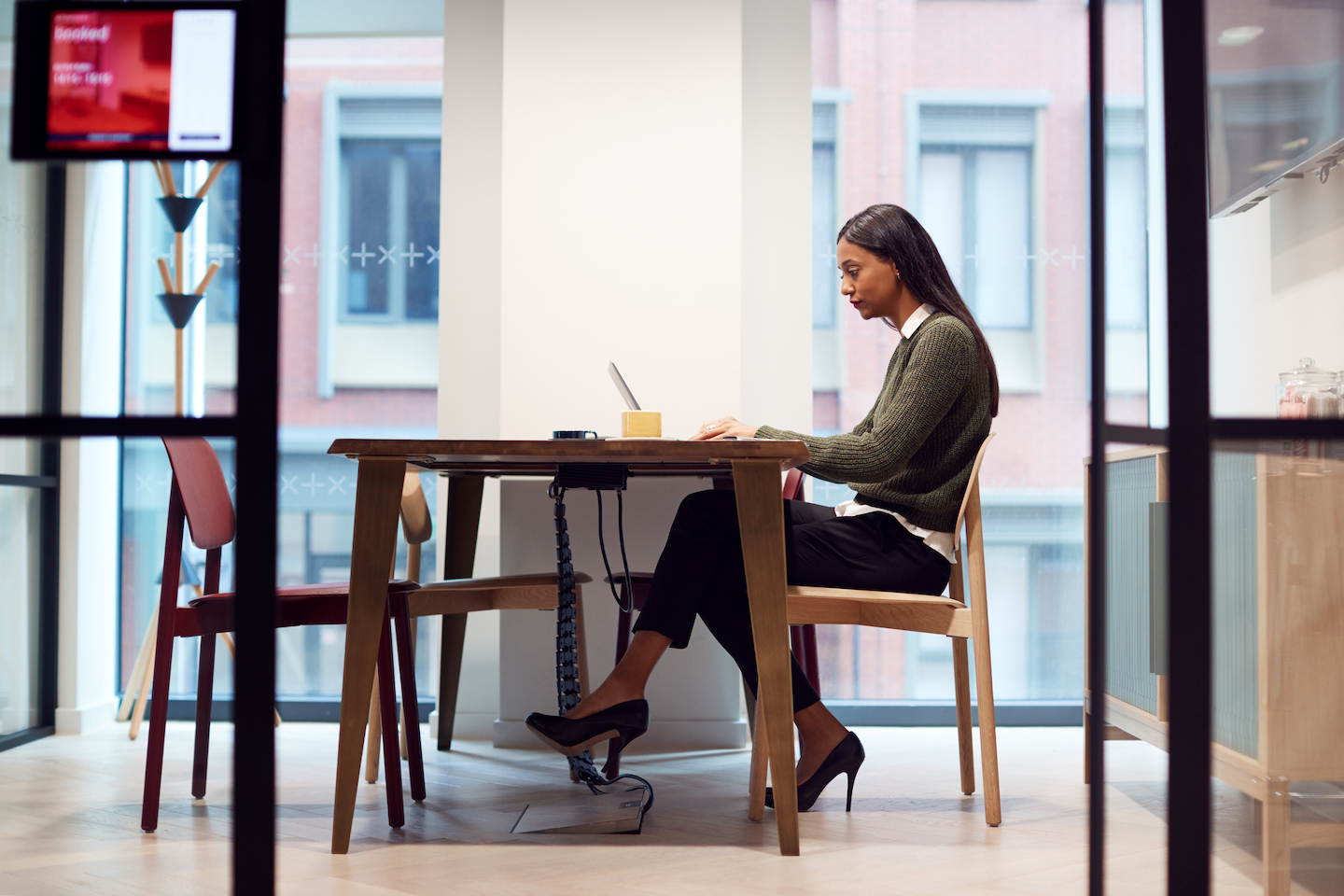 How to Ask Your Boss for a Virtual Office Allowance