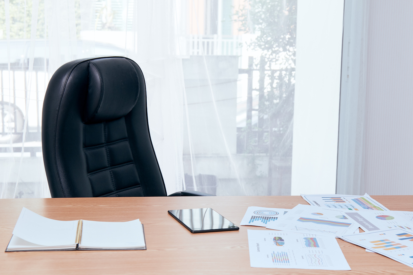 5 Signs You Need a Private Office